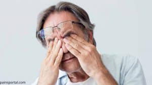 Read more about the article Headache around the Eyes: 9 Possible Causes